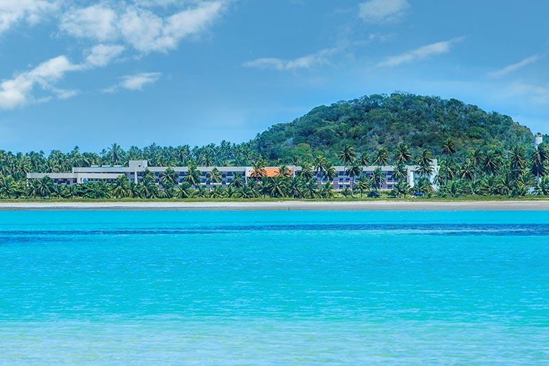 Vista panôramica Japaratinga Resort com detalhes do mar azul incrível